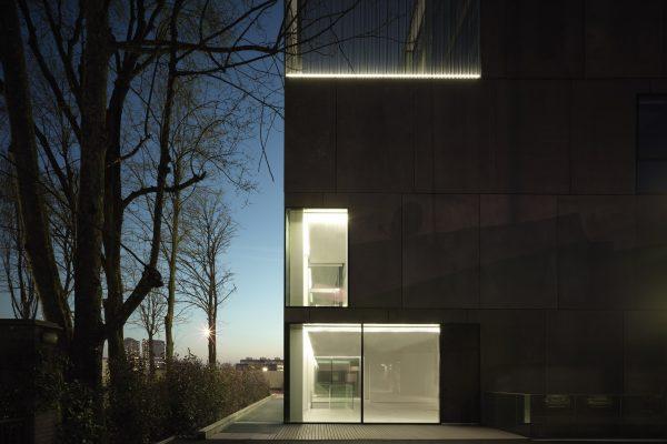 Antrox-Prviate-Building-Milan-Catodo